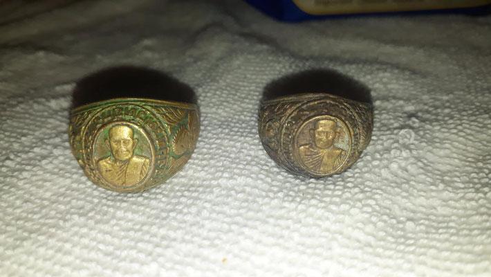 Alte Goldrnge auf einem Feld Chiang Rai gefunden