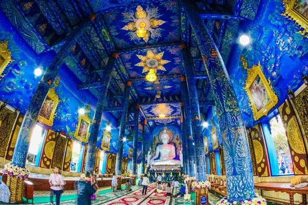 Blauer Tempel in Chiang Rai