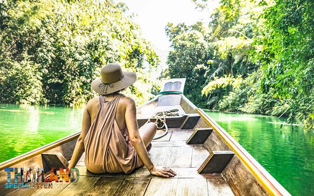 Kanufahrt durch den süd-thailändischen Regenwald