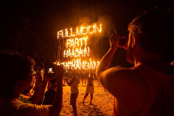 Wer es mag, der kann ordentlich feiern auf Koh Phangan. Wer Glück hat, evtl. zur Full Moon Party.