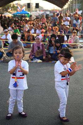 Gegen die Regierung Thailands protestieren
