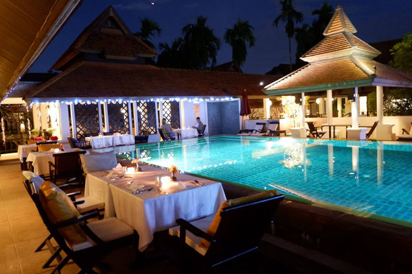 Boutique-Hotel Bodhi Serene - Restaurant am Pool