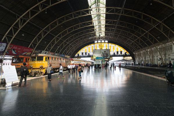 Hua Lampong Bahnhof in Bangkok
