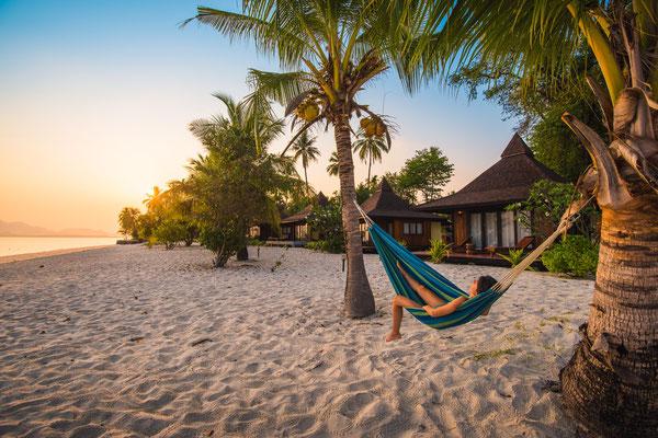 Sivalai Beach Resort  - am Strand in der Hängematte entspannen