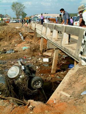 Tsunami-Folge 2004 in Khao Lak