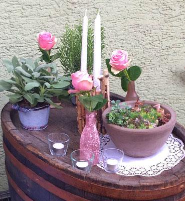 rosa Vasen mit 4 unterschiedlichen Oberflächen
