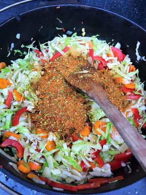 Chakalaka Gemüse angebraten mit Gewürz