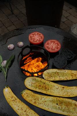 Feuerplatte. Grillen