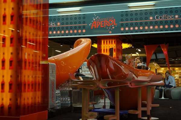 Aperol Spritz Lounge Düsseldorfer Flughafen