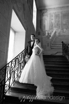 Hochzeitspaar-Fotoshooting • on location • Schloss Ludwigsburg