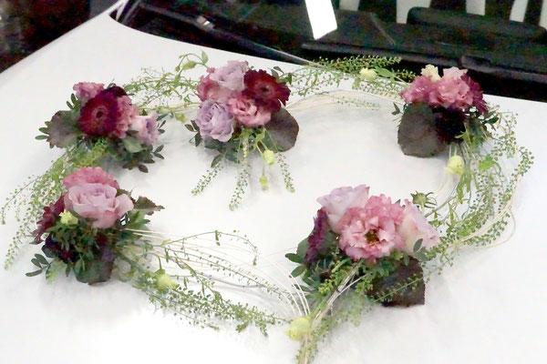 Autoschmuck Herz Blüten-Stiel