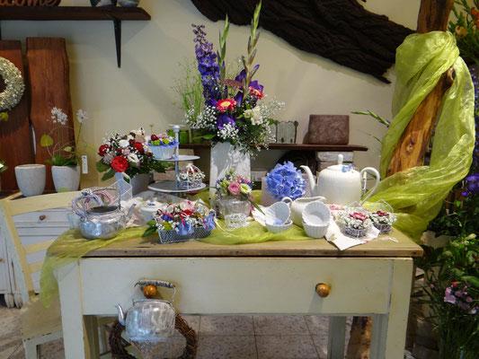 Blumen Schönwalde-Glien | Blüten–Stiel | Das Blumenfachgeschäft im Ort