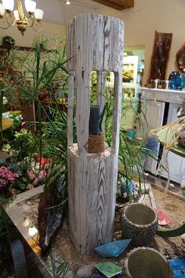 Holzkunst und Holzskulpturen Blumenfachgeschäft Blüten - Stiel