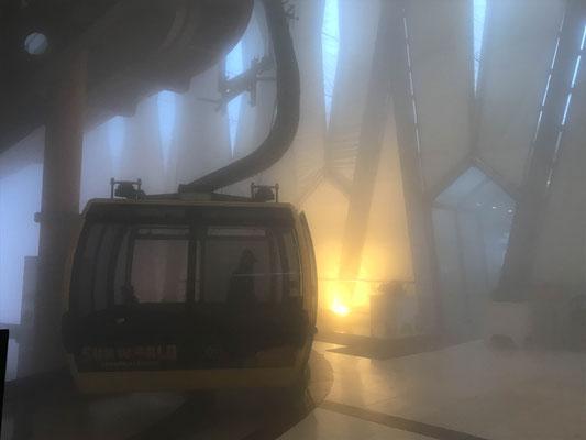 Ein bisschen neblig oben! A bit foggy!