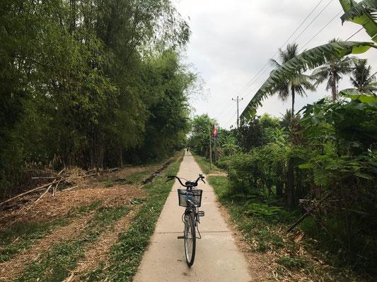 Velotour um die Insel Koh Tong / Biketour around Koh Tong
