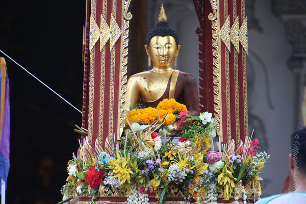 Das Blumenfestival.. also ich nenne das so... konnte leider auf Thai nicht verstehen, wie es richtig heisst!