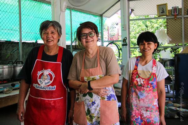 Das Team wo es ein leckeres Khao Soi gibt!