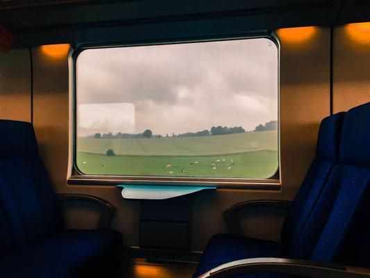 ©Emilie en Wallonie | Photographie | Les voyages en train | Dans le train