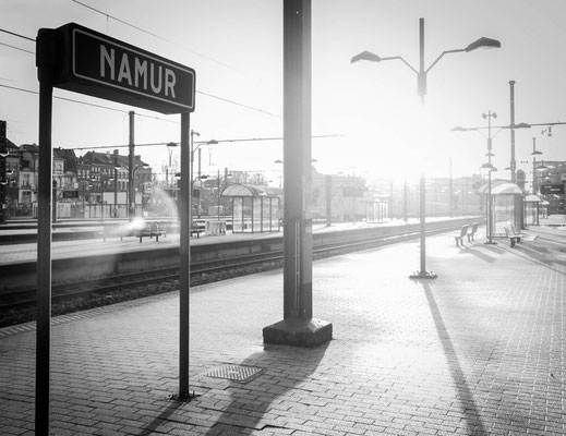 ©Emilie en Wallonie | Photographie | Les voyages en train | Quai de gare Namur