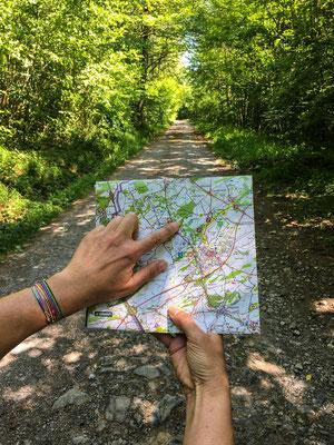 Emilie en Wallonie | Vous emmène | Marcher