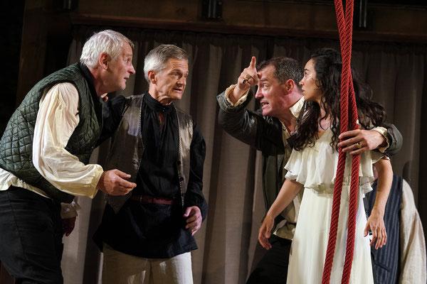 """aus: """"Shakespeare in Love"""" 2021 (mit: Manfred Stella, Werner Landsgesell, Soffi Povo - Foto (c) R. Winkler"""