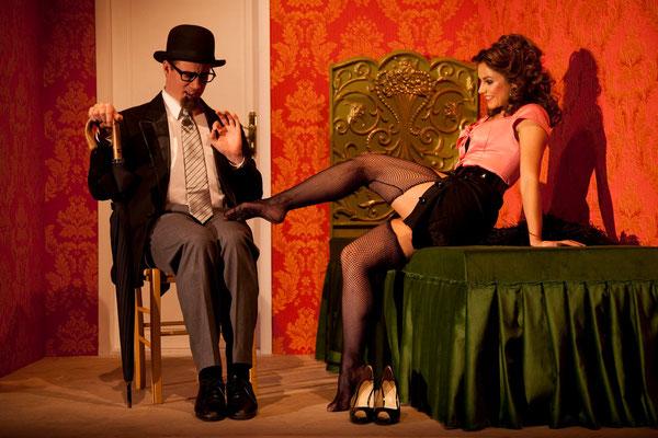 aus: Irma La Douce, 2009 (mit Daniela Dett) - Foto (c) Helmut Seuffert