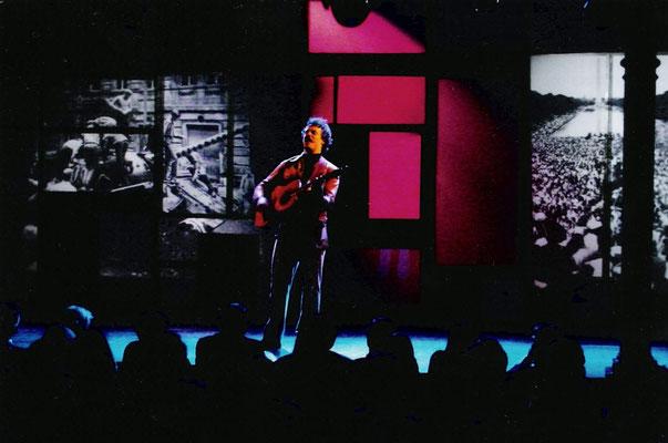 """aus: """"Crazy Love"""", 2002"""