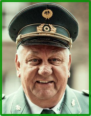 Helmut Reuvers