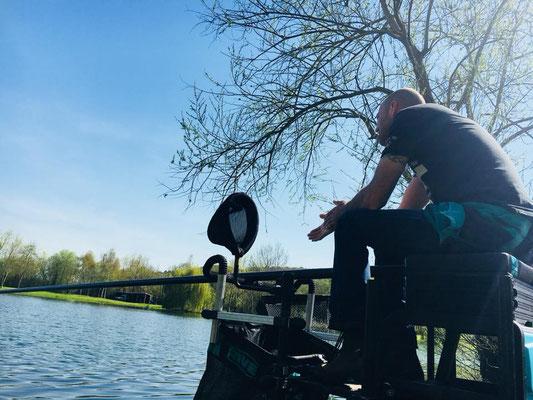 Pêche à la carpe à l'étang de Laurielle