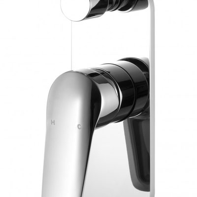HYB33-501 Sulu Bathroom Wall Mixer With Diverter