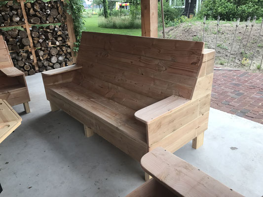 loungebank van onbewerkt douglas hout