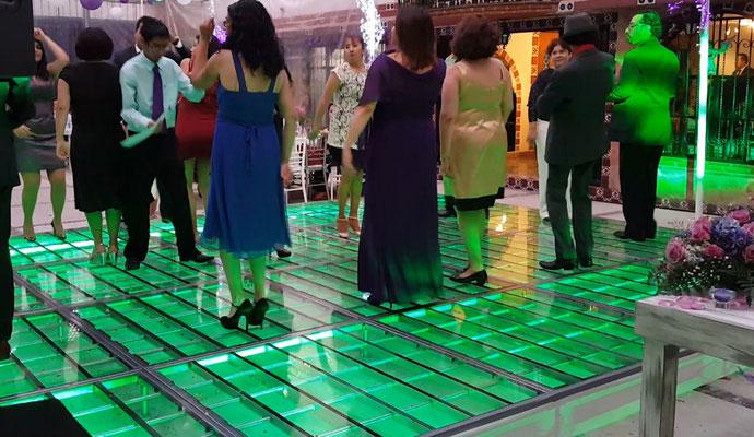 renta de pista iluminada en color verde
