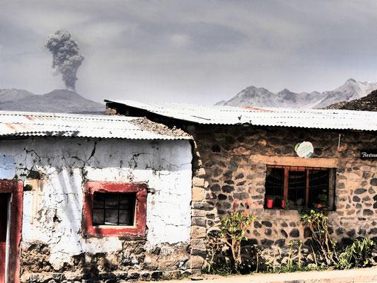 Peru, Vulkan Sabancaya, Colca-Canon
