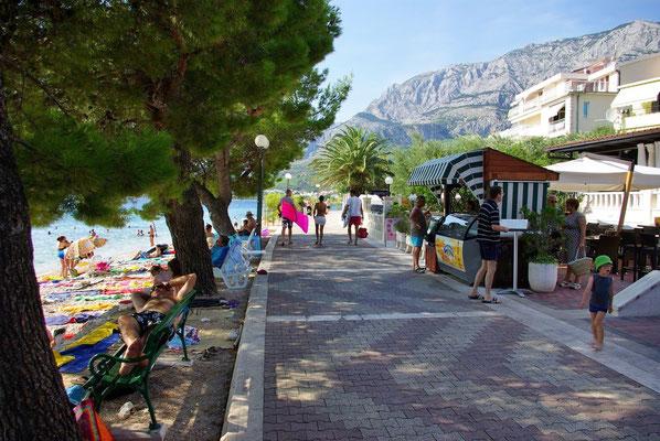 Апартаменты в Тучепи первый ряд, Макарска ривьера. Отдых с детьми в Хорватии.