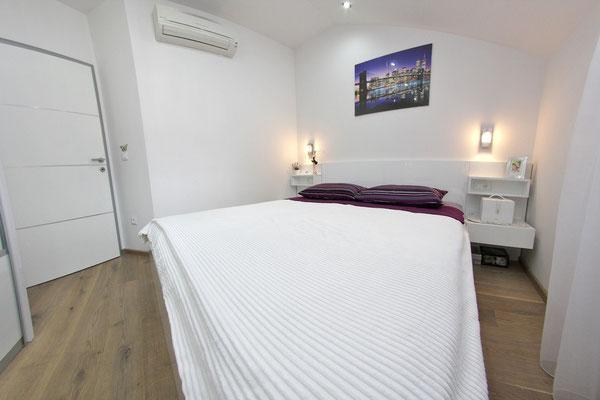 Апартаменты виллы в Макарска (Makarska) Хорватия. Недвижимость в Макарска.