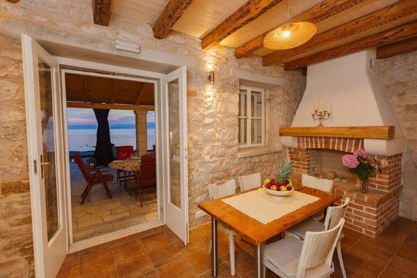 Дом на пляже на Браче. Отдых в Хорватии.