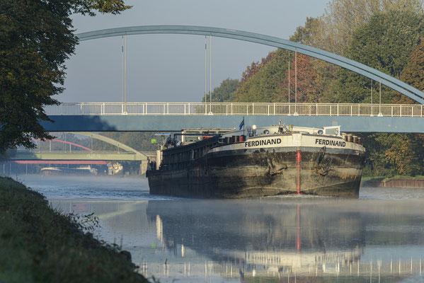 Rheine DEK Binnenschiff Exeler Brücke