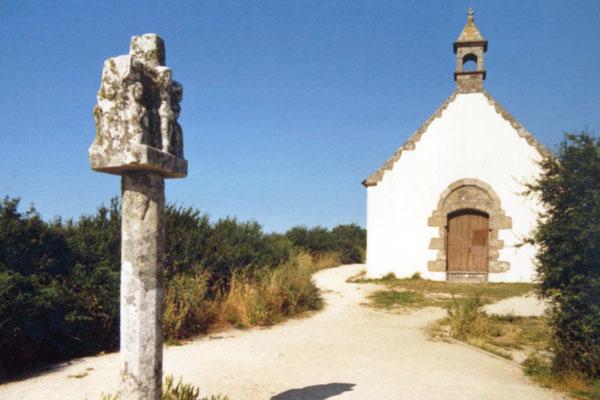 Kapelle auf dem Tumulus de Saint-Michel