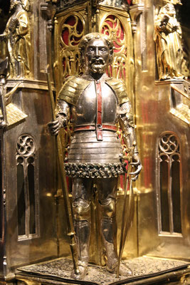 Figur St. Georgs vom Georgsschrein, Dom zu Genua, 14. Jahrhundert