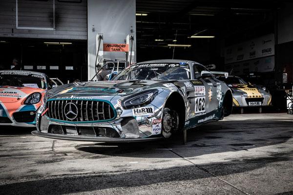 Mercedes AMG GT4 Identica