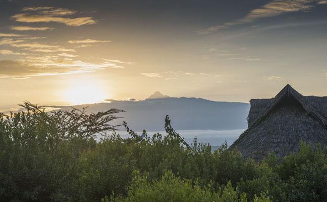 Mount Kenya im Sonnenaufgang