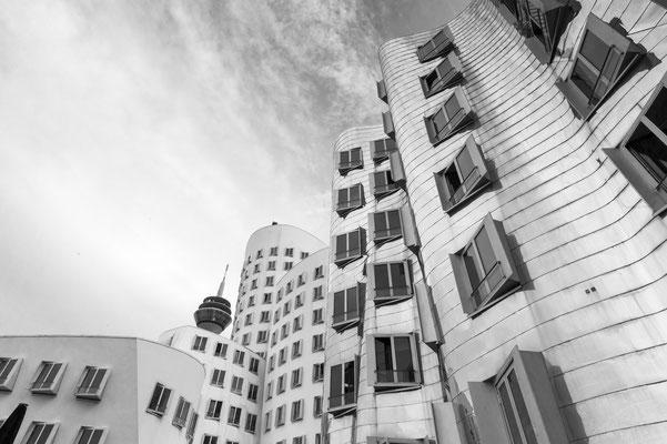 Gehry Bauten Düsseldorf, Nikon Z6 und Nikkor Z 20mm 1,8 S