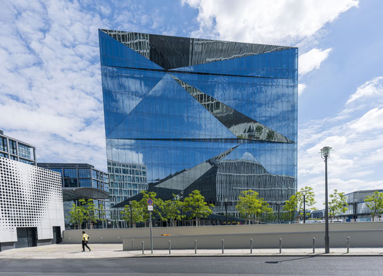 Cube Berlin, fotografiert mit Nikon Z7 und Nikkor Z 20mm 1:1.8 S