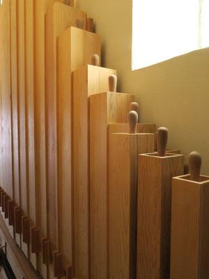 Jeux orgues Desmottes 1 en place derrière l'orgue au temple