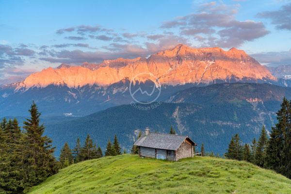 #18 Alm vor Wettersteingebirge