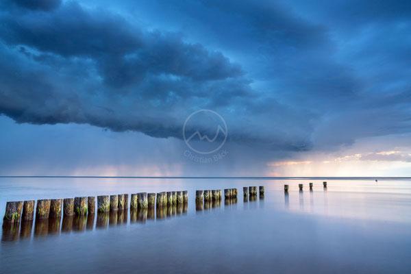 Unwetter über dem Meer| Ostsee