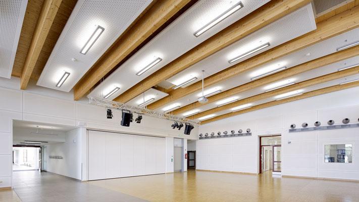 Lichtdurchflutende Räume schaffen offene Armosphäre