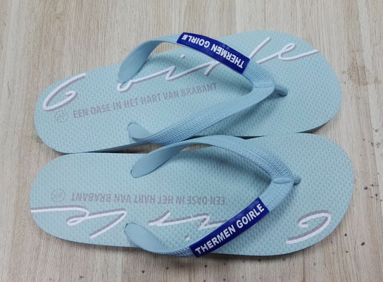 rubber teenslipper gepersonaliseerd