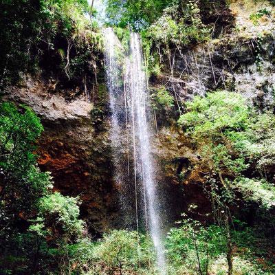 cascade el valle de anton