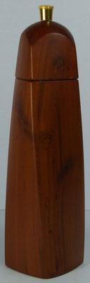 Pfeffermühle aus Zweschge, gewundene Form, ca. 20 cm hoch